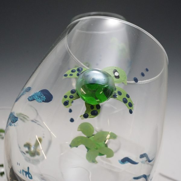 Donna Michaux Wine Glass w/ Turtles